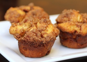 fdac7-cinnamon-crunch-cobblestone-muffins